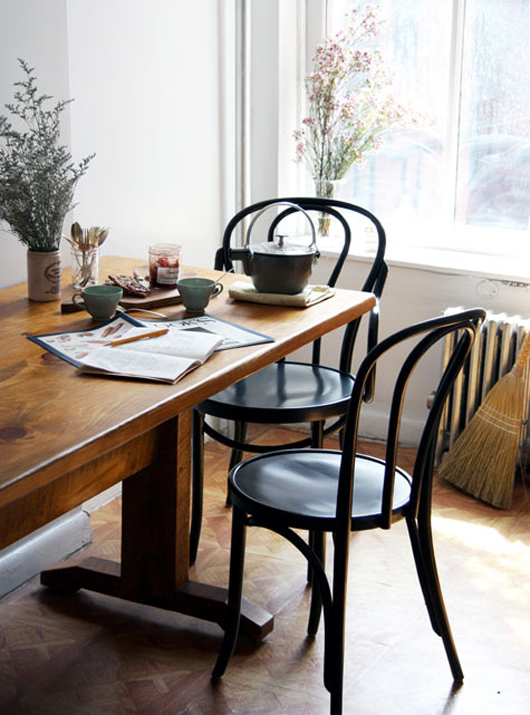 design-sponge-bentwood-chairs