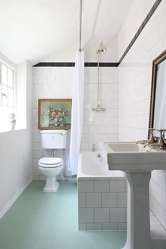 white subway tile, light locations / sfgirlbybay