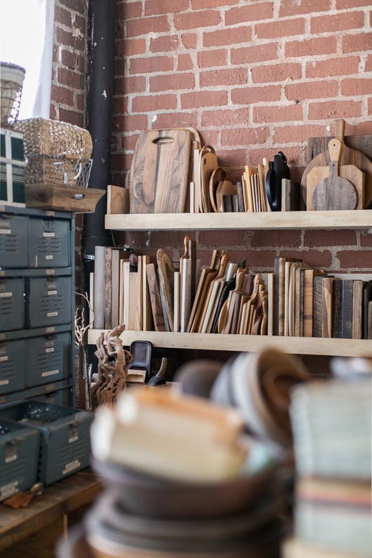 wood cutting boards and trays at the surface library in l.a. / sfgirlbybay
