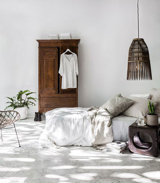 beachy bedroom furnishings via indie home collective, / sfgirlbybay