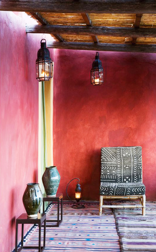 deep pink wall in indoor outdoor space / sfgirlbybay