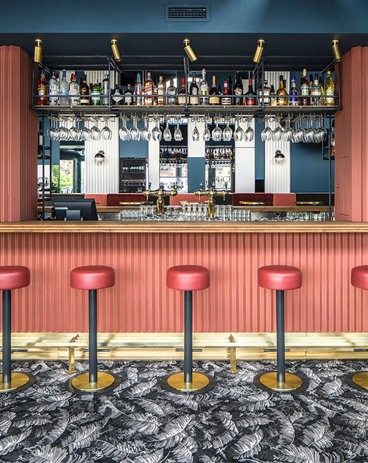 red and blue palette at café waldeck / sfgirlbybay