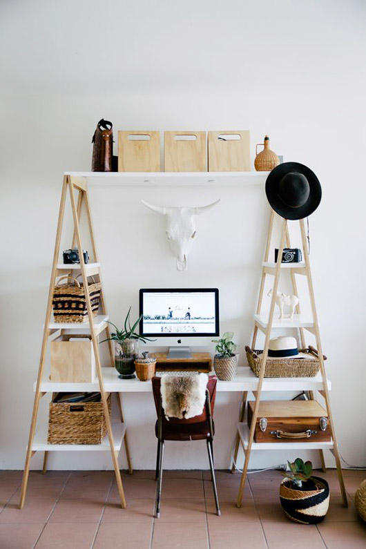 sawhorse shelving unit with built-in desk / sfgirlbybay