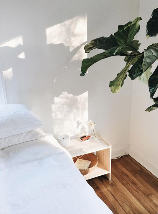 calming white bedroom. / sfgirlbybay