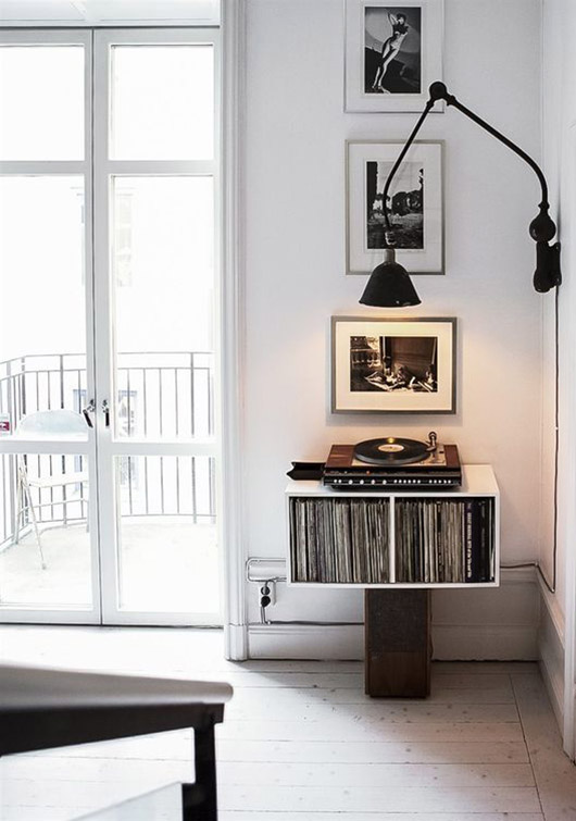 modern black and white record player set-up. / sfgirlbybay